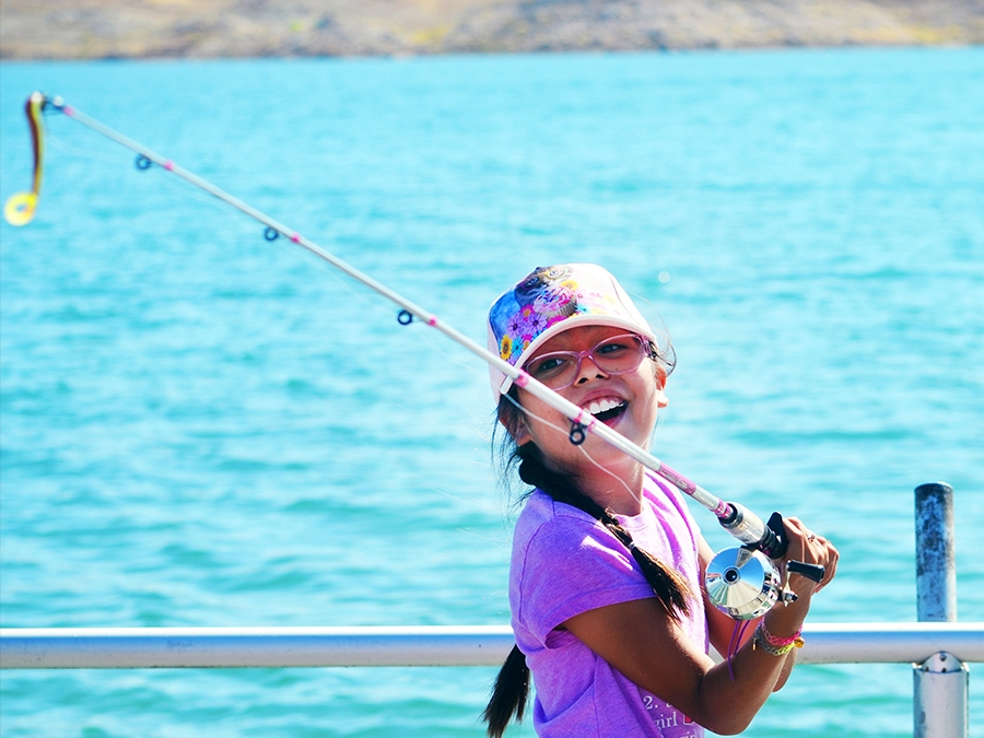 Las Vegas Latino Youth Celebrate Conservation Week with Fishing at Lake Mead